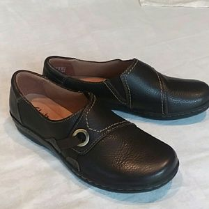 Clarks womens 7.5 shoes work casual walking
